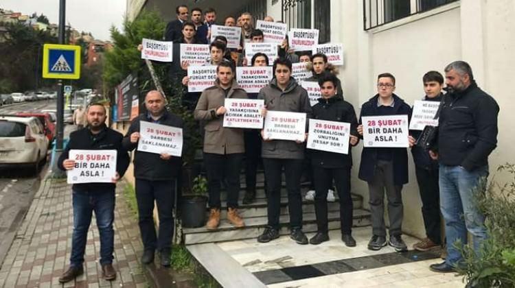 Üsküdar'da İmam Hatiplilerden 28 Şubat protestosu