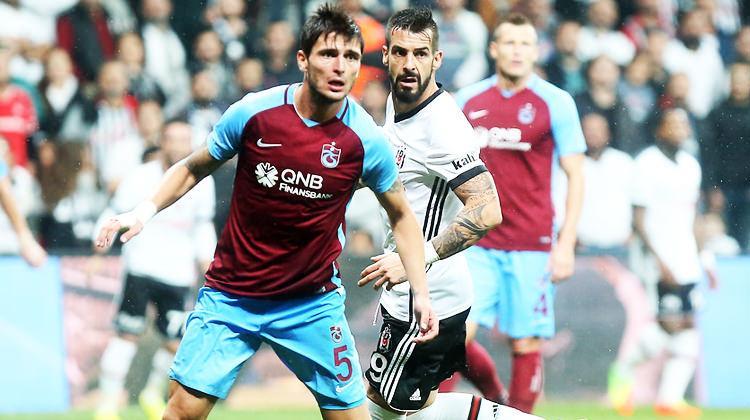 Trabzon-Beşiktaş maçında izlemeye geliyor!
