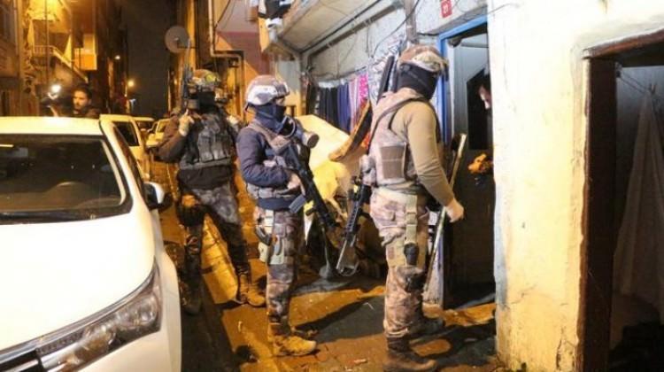 Özel harekattan İstanbul'da sabah baskını!