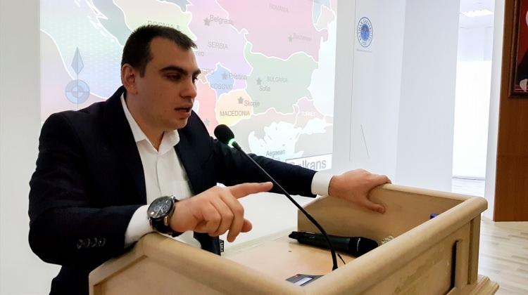 """""""Geçmişten Günümüze Bir İslam Diyarı Balkanlar"""" konferansı"""