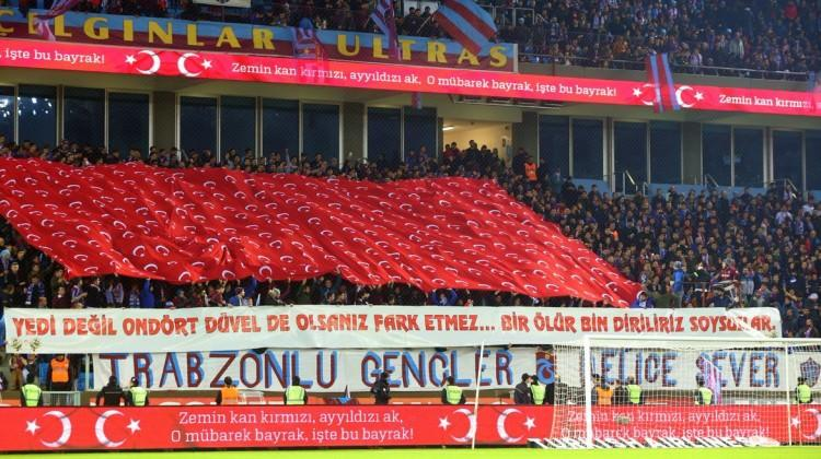 Dev maçta Zeytin Dalı Harekatı'na destek