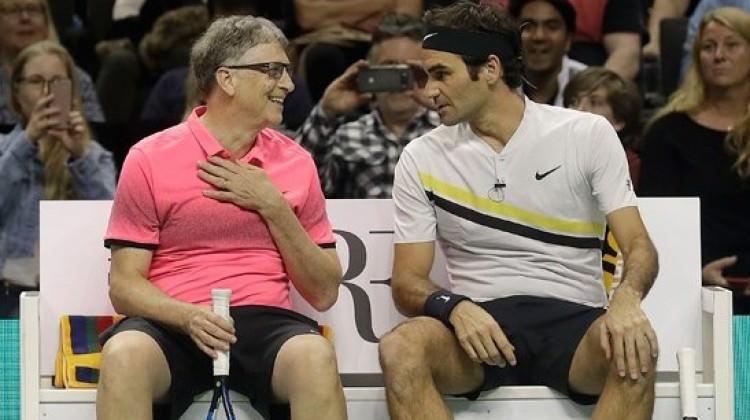 Federer ve Bill Gates Afrika için korta çıktı