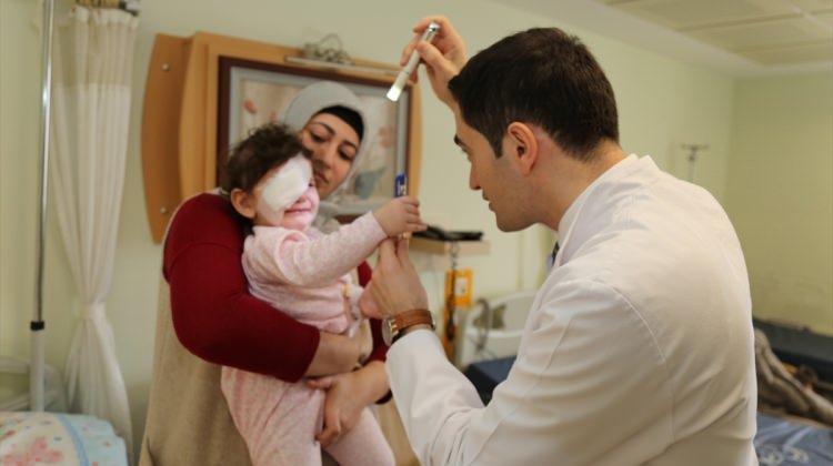 Şaşılık sorunu bulunan bebeğe Valilik sahip çıktı