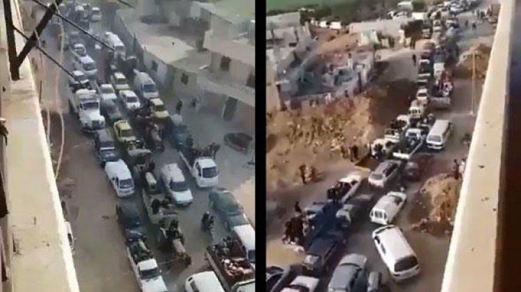 Afrin'den son görüntüler! Kentten böyle ayrılıyor…