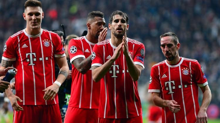 Maç bitti Bayernli futbolcular alkışladı