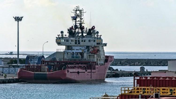 Akdeniz'de gerilim tırmanıyor! O gemi demirledi