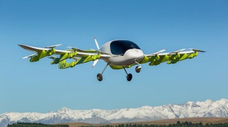 Google'ın kurucusu 'uçan taksi'yi tanıttı!