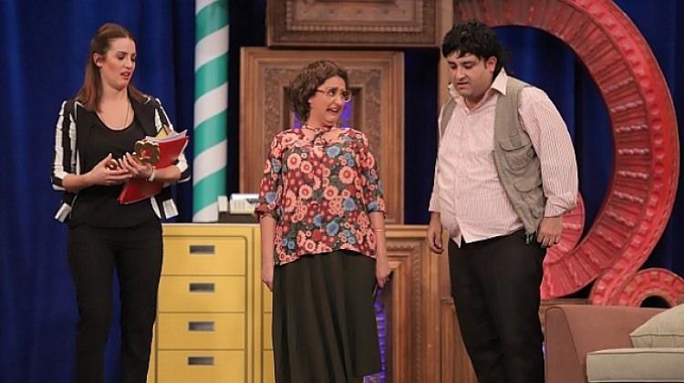 Güldür Güldür Show Oyuncu Kadrosuna Transfer Olan Ecem Erkek