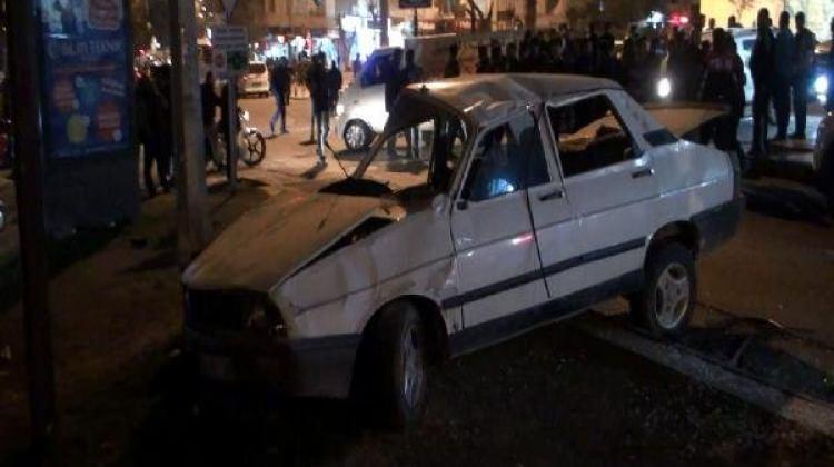 Otomobil takla attı: 5 kişi yaralandı