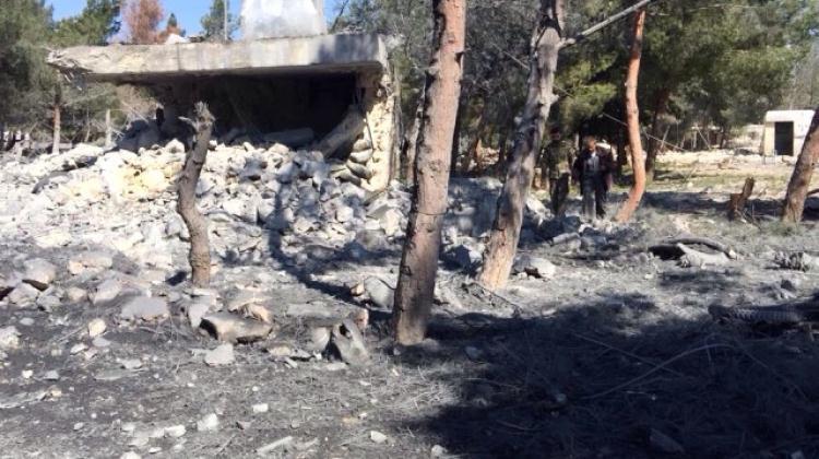Türk jetleri Esed'in militanlarını vurdu!