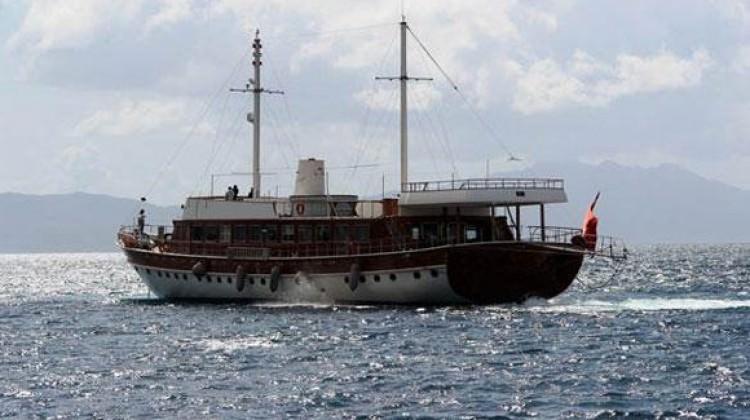 Yunanistan'ın rehin aldığı Türk teknesi bırakıldı