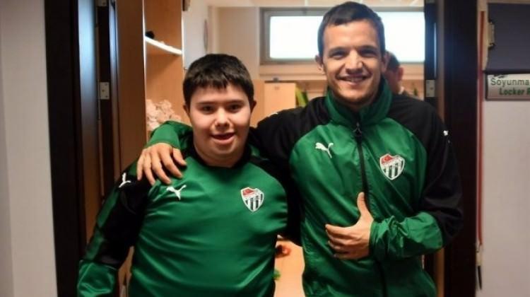 Bursaspor'dan 1 günlük anlamlı sözleşme