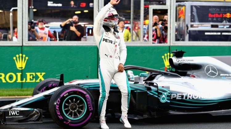 Sezonun ilk yarışınde 'pole' Hamilton'un!