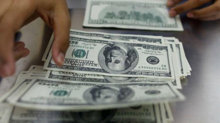 Dolar 4 lira sınırında