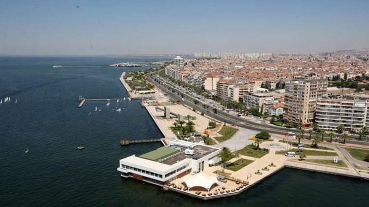 İzmir'de konut satışları düşüş gösterdi