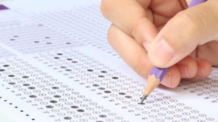 MEB özür diledi: Telafi sınavı yapılacak