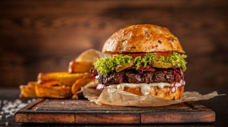 Hamburger nasıl ortaya çıktı?