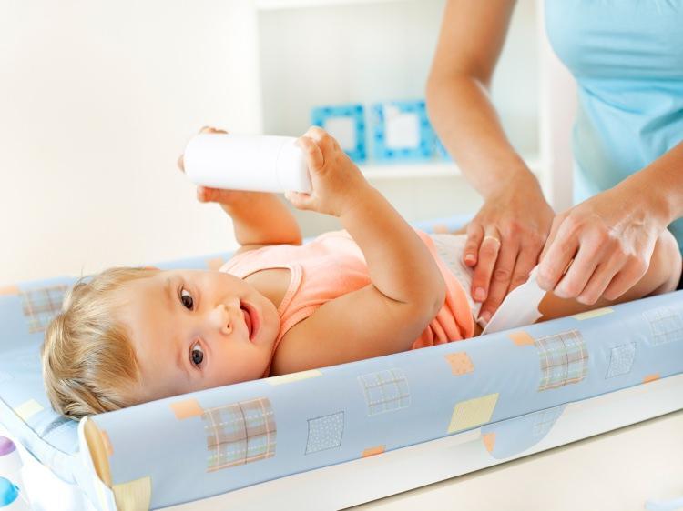 En doğru bebek altı değiştirme şekli nasıldır