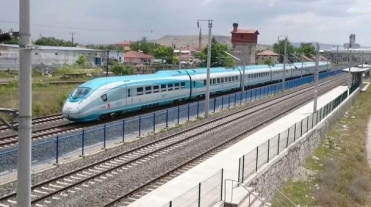 Avrupa ile yüksek standartlı demir yolu bağlantısı için imzalar atıldı ile ilgili görsel sonucu
