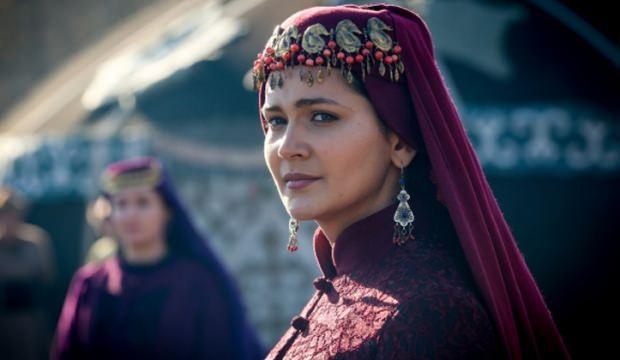 How does Ertuğrul Aslıhan Hatun die in history? Who is Aslıhan Hatun?