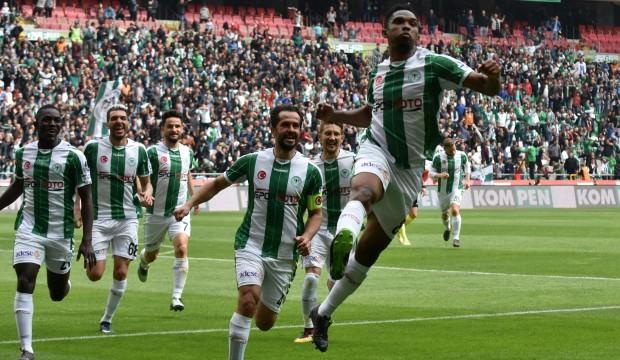 Konyaspor ezdi geçti! Hayati 3 puan