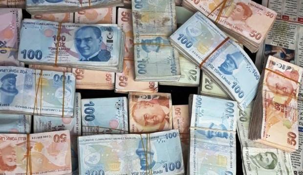 290 bin TL çalan hırsızlar kıskıvrak yakalandı