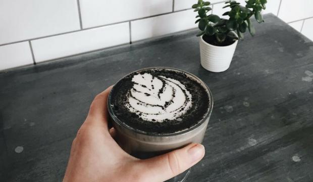 Black latte nasıl yapılır?