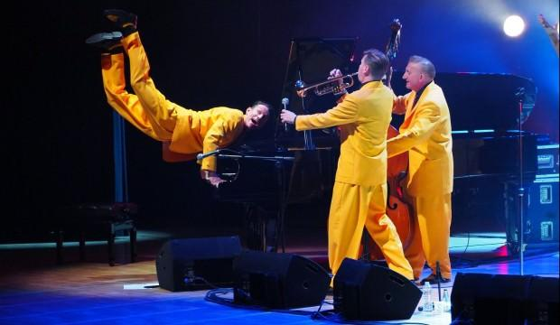 The Jive Aces Türkiye'de ilk kez konser verdi