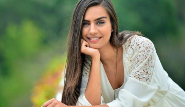 Amine Gülşe'nin reklam filmi partneri belli oldu
