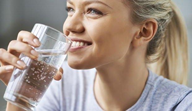 Ramazan'da bol su içmeyen sağlığından olur