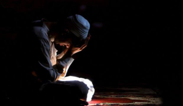 Borçlu olan kimsenin borçlarından kurtulması için okuyacağı dua!