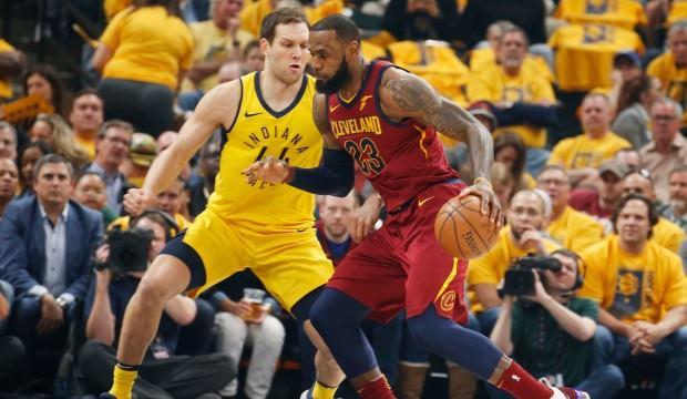 Indiana LeBron'a rağmen seride öne geçti