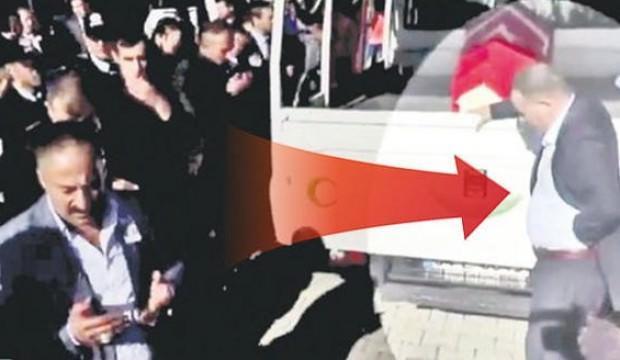 Şehit Safitürk'ün zanlısı duruşmada kendini yaktı
