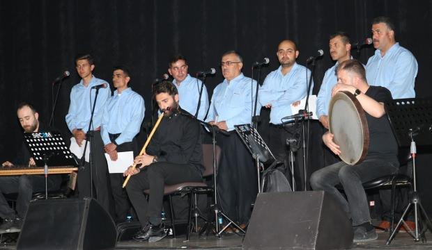 Din görevlileri korosunun musiki konseri