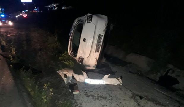 Eşeğe çarpan otomobil takla attı:3 yaralı