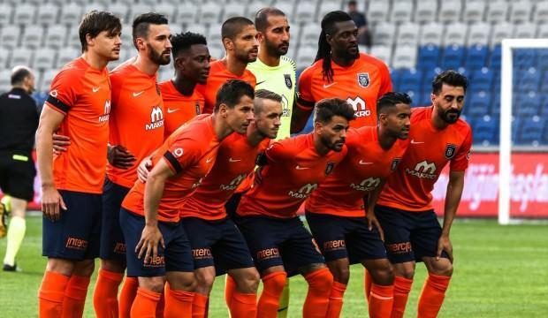 Başakşehir, Galatasaray'ın şampiyonluğunu kutladı