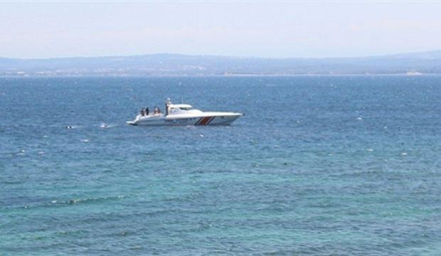 Çanakkale'de kaçakları taşıyan tekne battı: 7 ölü