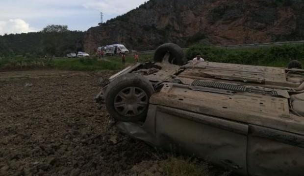Çorum'da otomobil takla attı : 4 yaralı