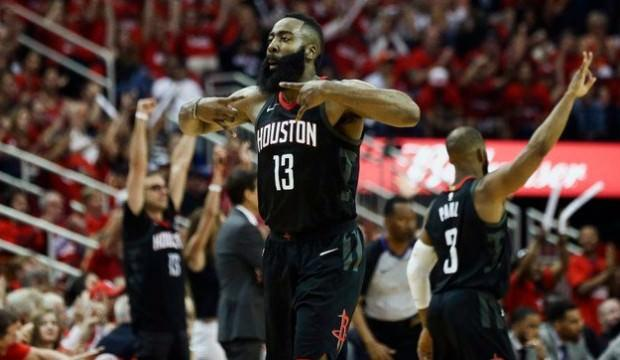 Houston, Warriors'a karşı seriyi eşitledi