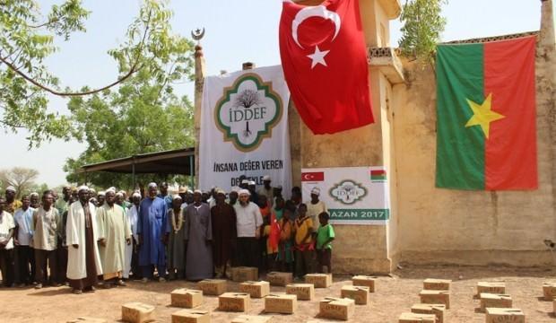İDDEF, ramazanda 33 ülkedeki muhtaçlara ulaşacak