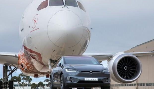 Tesla dünya rekoru kırdı! Gücüne inanamayacaksınız