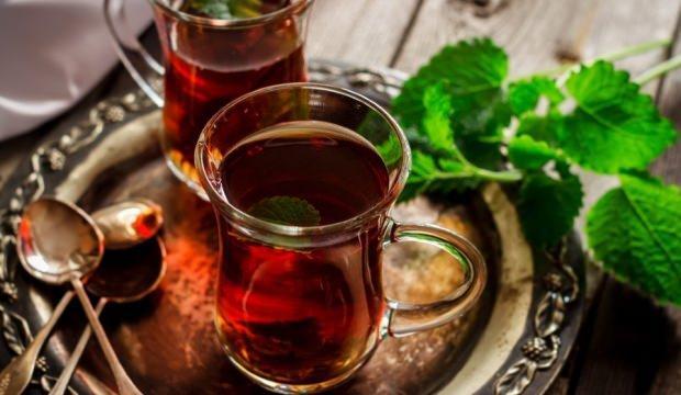 Sahurda çay içmek susatır mı? Sahurda tüketilmemesi gereken besinler