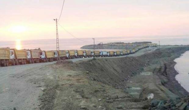 120 kamyonla gece-gündüz taşıyor!