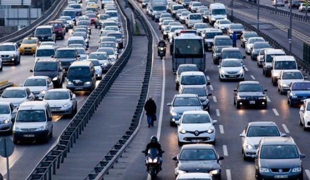 Günde ortalama 25 bin araç tescili yapılıyor!