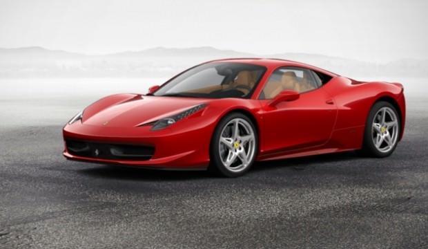"""""""Yılın En İyi Motoru"""" unvanı Ferrari'nin"""