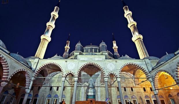 2018 Edirne Ramazan Bayramı namazı sabah saat kaçta kılınacak?