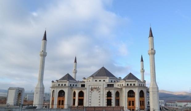 2018 Kırşehir Ramazan Bayramı namazı sabah saat kaçta kılınacak?