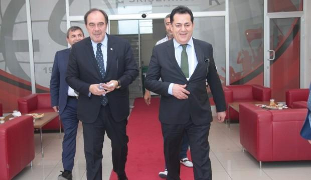 Demirören'den Eskişehirspor'a ziyaret