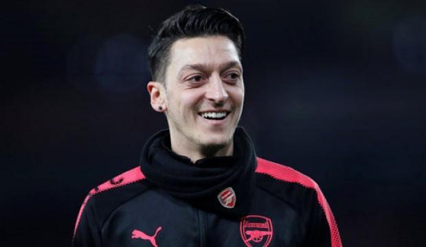 Mesut Özil yeni evine servet ödedi!