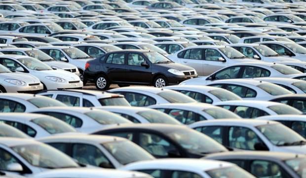 Otomobil ve hafif ticarı araç pazarı düşüşte